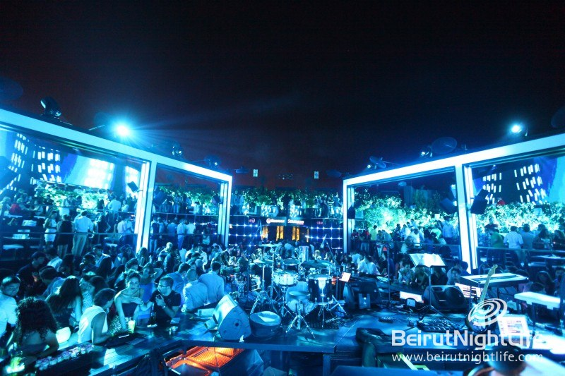Partying Together Under One Sky at Skybar
