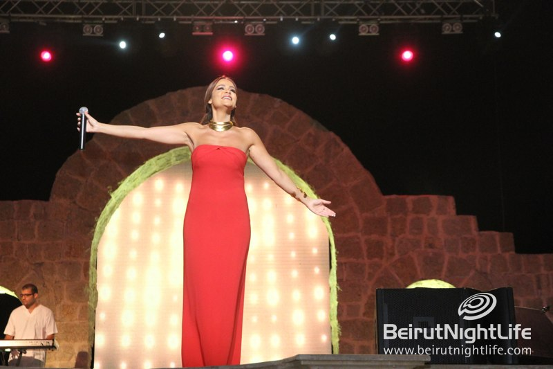 The Powerful and Sensual Carole Samaha Live at Zouk Mikael