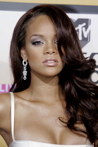 Rihanna To Launch River Island Collection At London Fashion Week