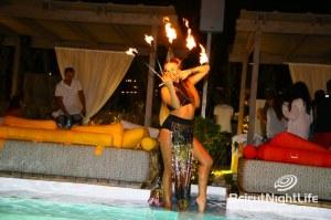Iris Beach Electric Sundown With Spanish Duo Chus & Ceballos
