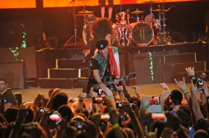 Scorpions return to rock Byblos International Festival 2013