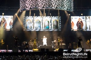 Rihanna Shine Bright Abu Dhabi Sky in Diamonds World Tour