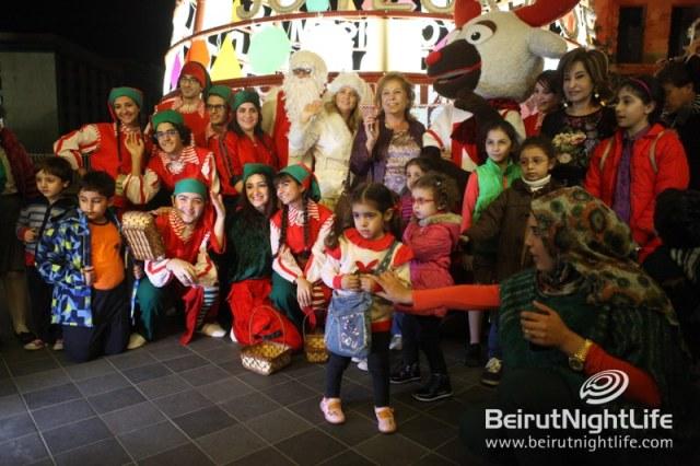 christmas-tree-beirut-souks-038