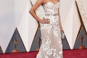 Oscars 2016: Priyanka Chopra stuns red carpet in an elegant gown by Lebanese designer