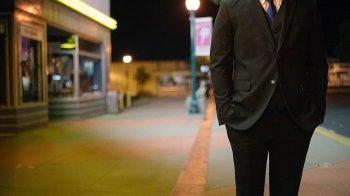 7 Cara Ampuh Menjadi Orang yang Berwibawa dan Berkharisma