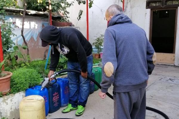 لفتة دافئة من منتشري زحلة تؤمن المازوت للعائلات الأكثر ضعفا