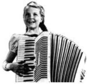 accordion_girl_1.jpg