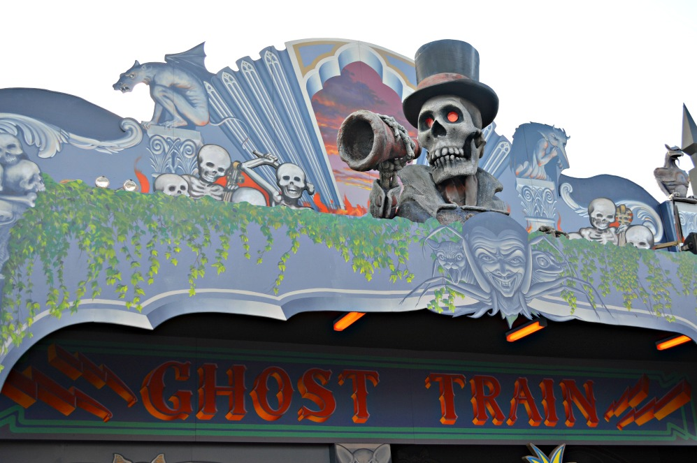 #kitsch #ghost train #lunapark #melbourne #rummel