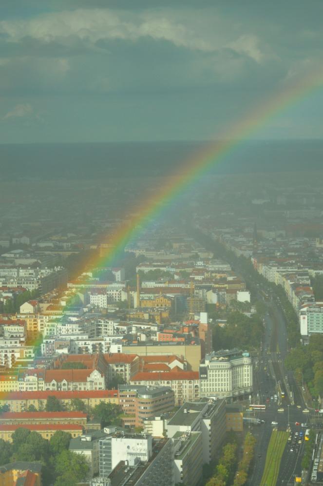 Regenbogen Berlin be kitschig