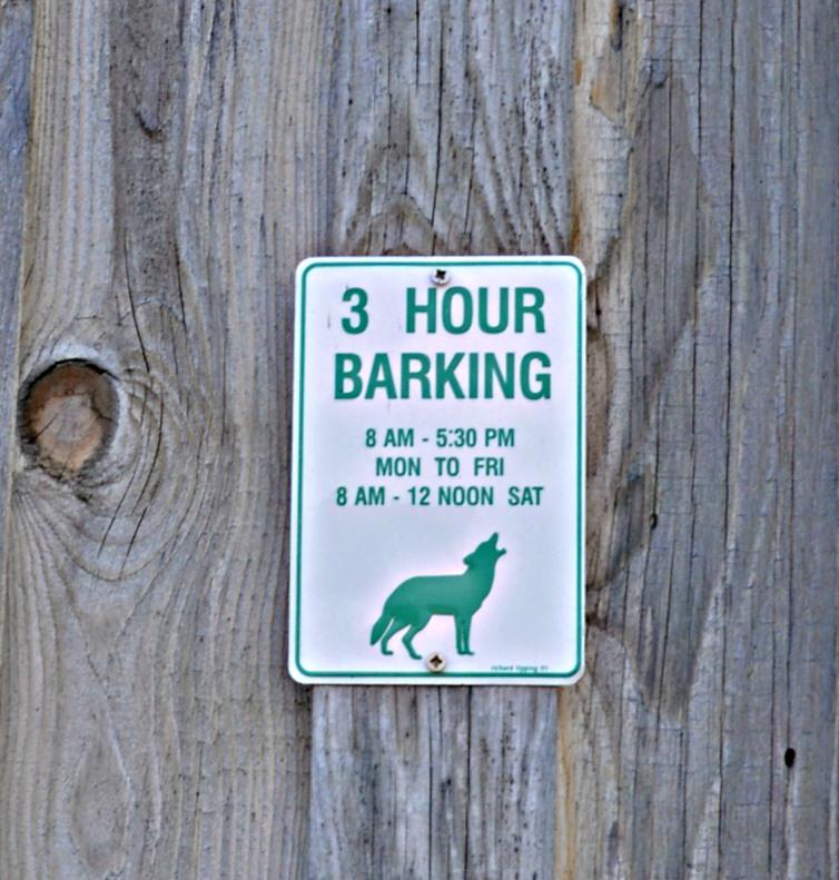 Spiesser auf dem Land #sign #hund #schild #dog be kitschig blog berlin