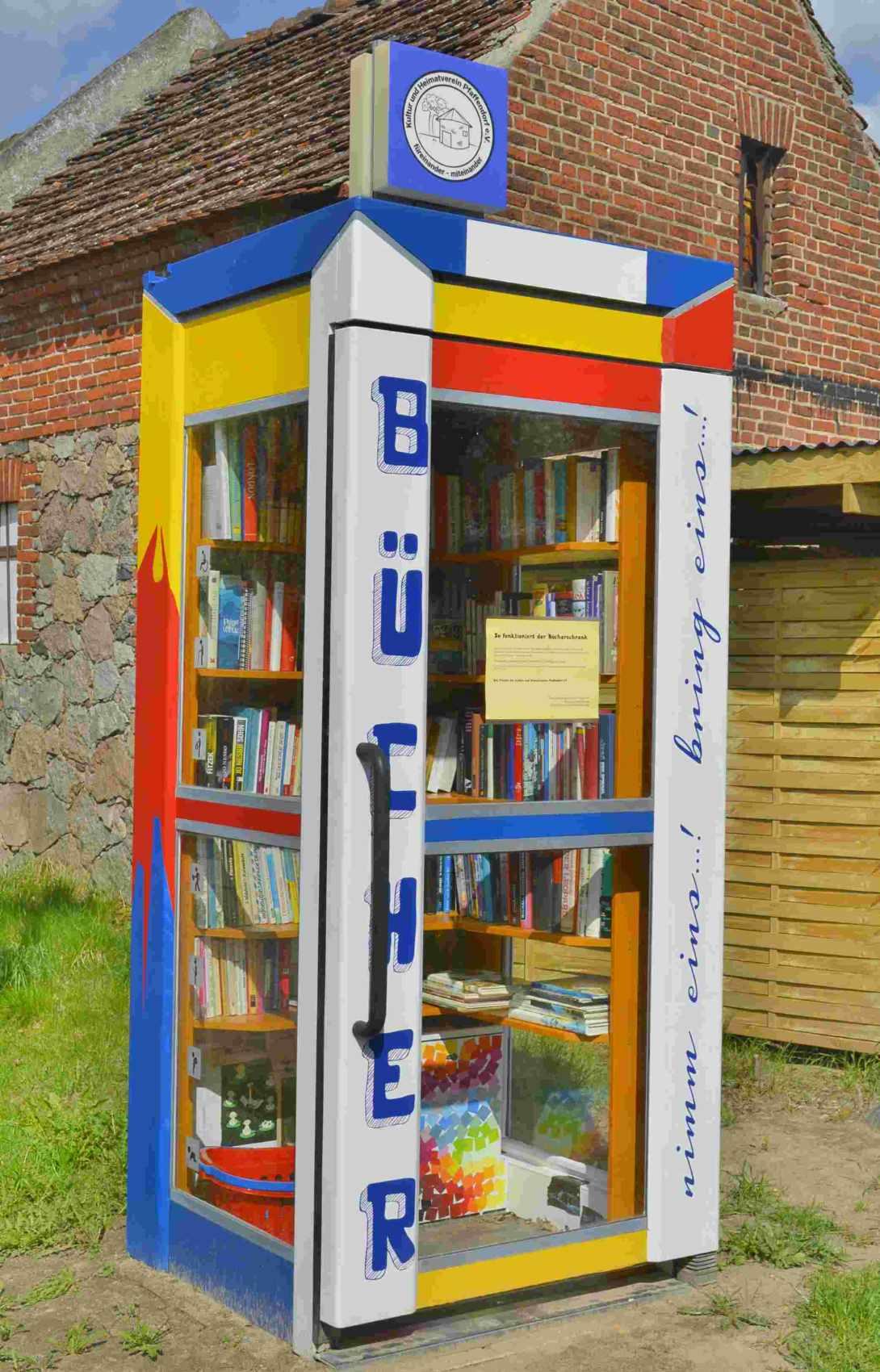 Bücherbox auf dem Land book swap #community #bekitschig blog berlin