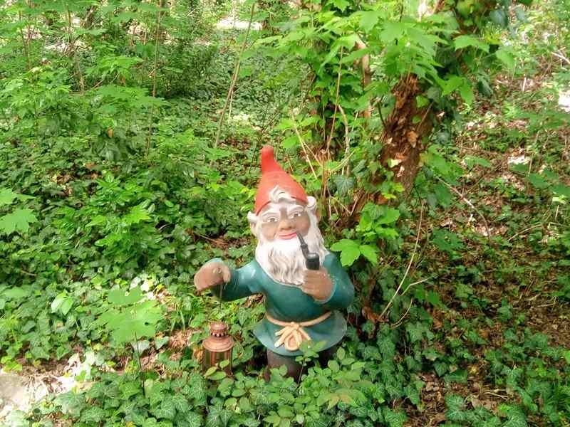gartenzwerg garden gnome berlin westkreus be kitschig blog gnomevember