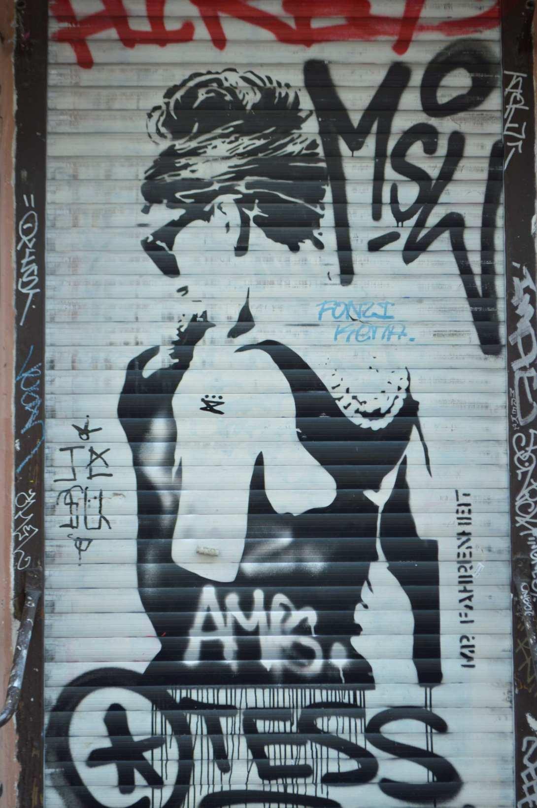 Mr Fahrenheit Audray Hepburn Grafitti Berlin