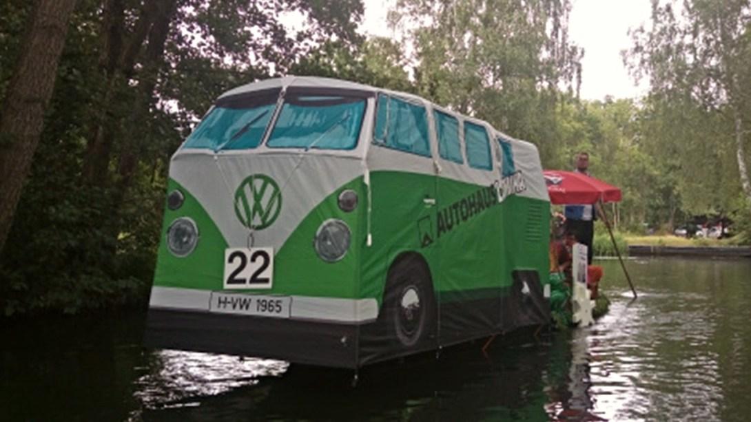 VW canoe Kanu Bulli Bus