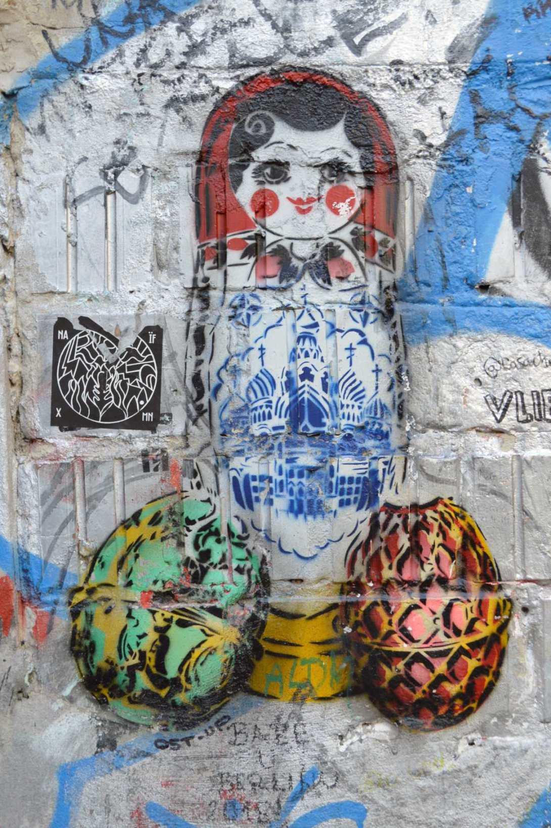 Ost-ap street art berlin nesting doll