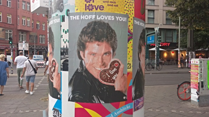 The Hoff loves you Berlin Mitte Rosenthaler Platz near David Hasselhoff Museum be kitschig blog