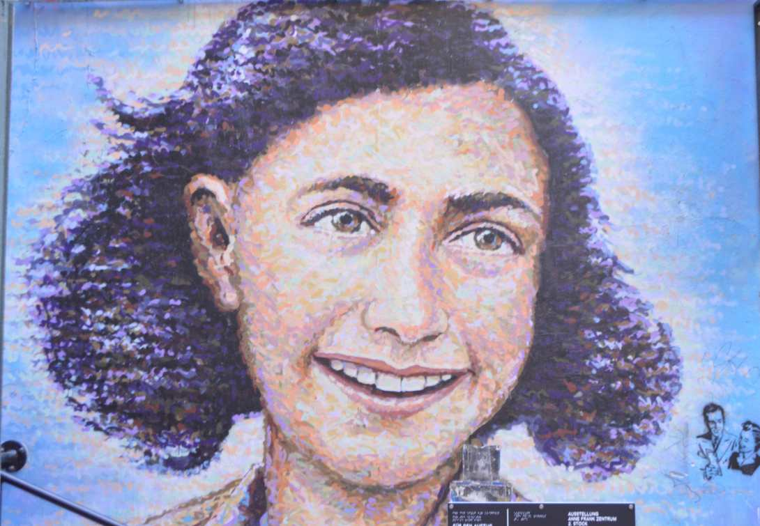 Anne Frank Mural Hackescher Markt Dead chicken alley be kitschig blog