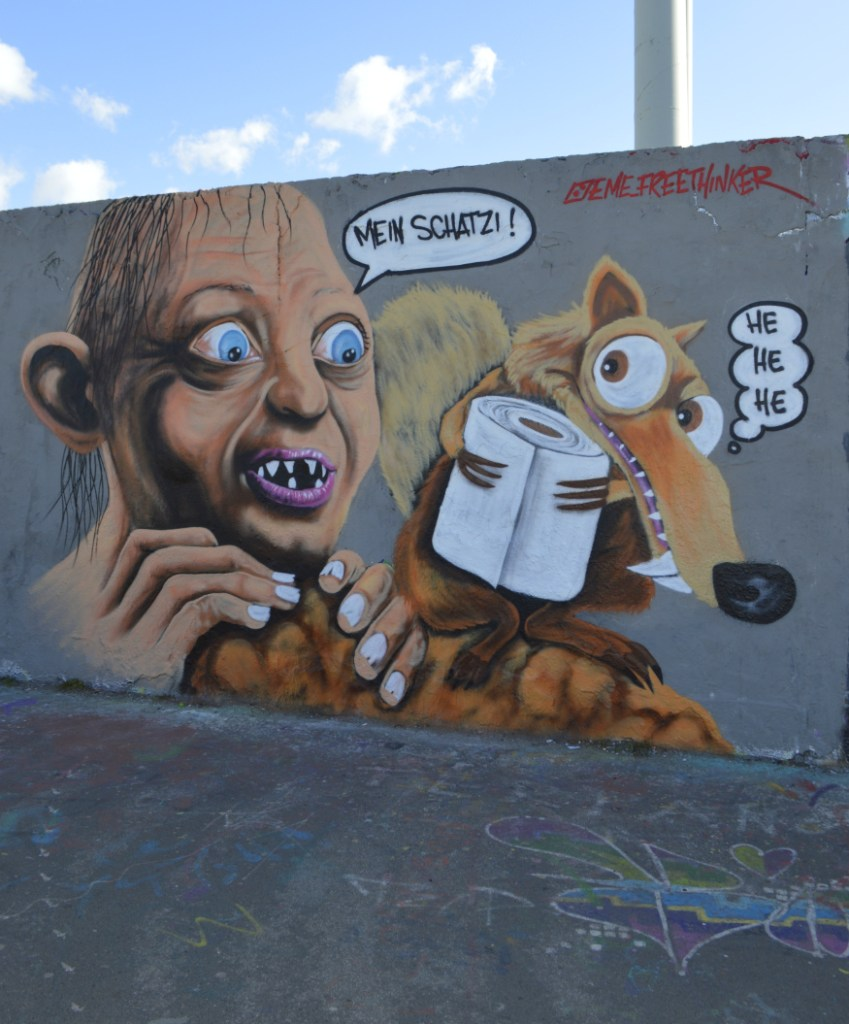 #streetart eme freethinker toilet paper graffiti Mauerpark Postcards from Berlin #17