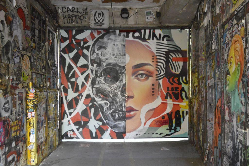 street art postcards from Berlin #18 bekitschig.blog  Taknado Crew Haus Schwarzenberg Hackescher Markt
