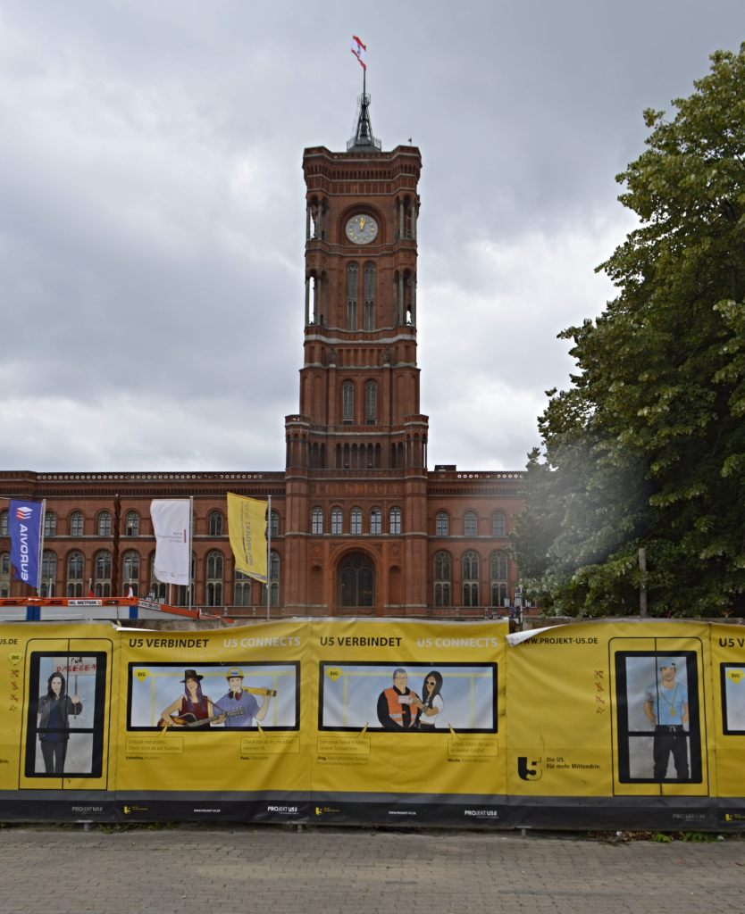 Rotes Rathaus Berlin U5 Baustelle Dekoration bekitschig.blog