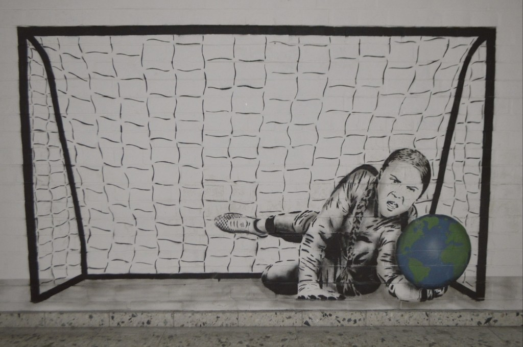 Great Thunberg saving the world Teufelsberg Berlin stencil streetart Postcards from Berlin be kitschig blog
