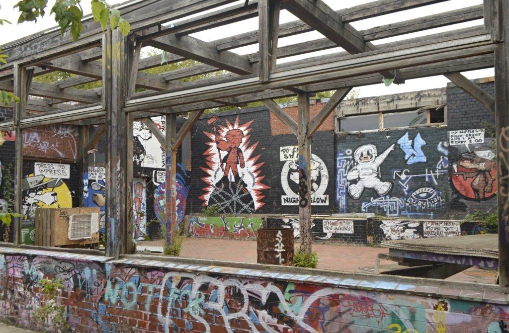 Courtyard at Teufelsberg Berlin Grunewald bekitschig blog