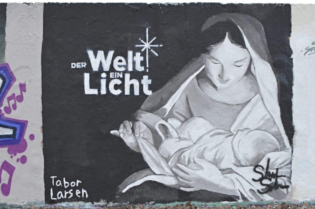Tabor Larsen Mural Mauerpark Der Welt ein Licht