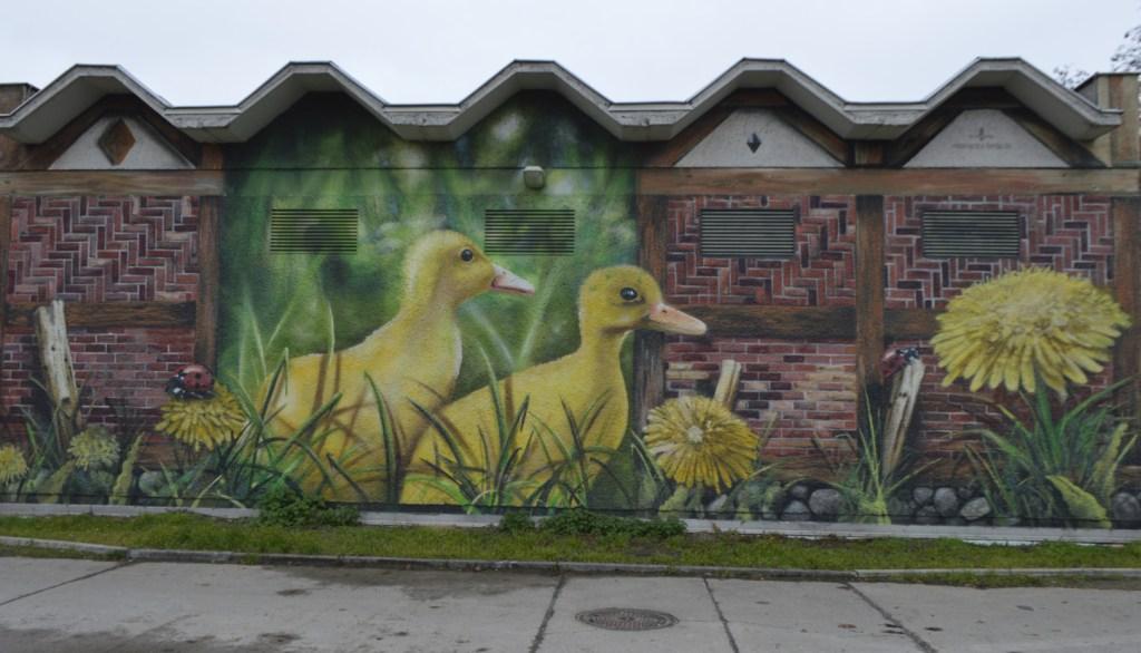 Electrical Box Stromhäußchen mit Enten Berlin Mauerpark
