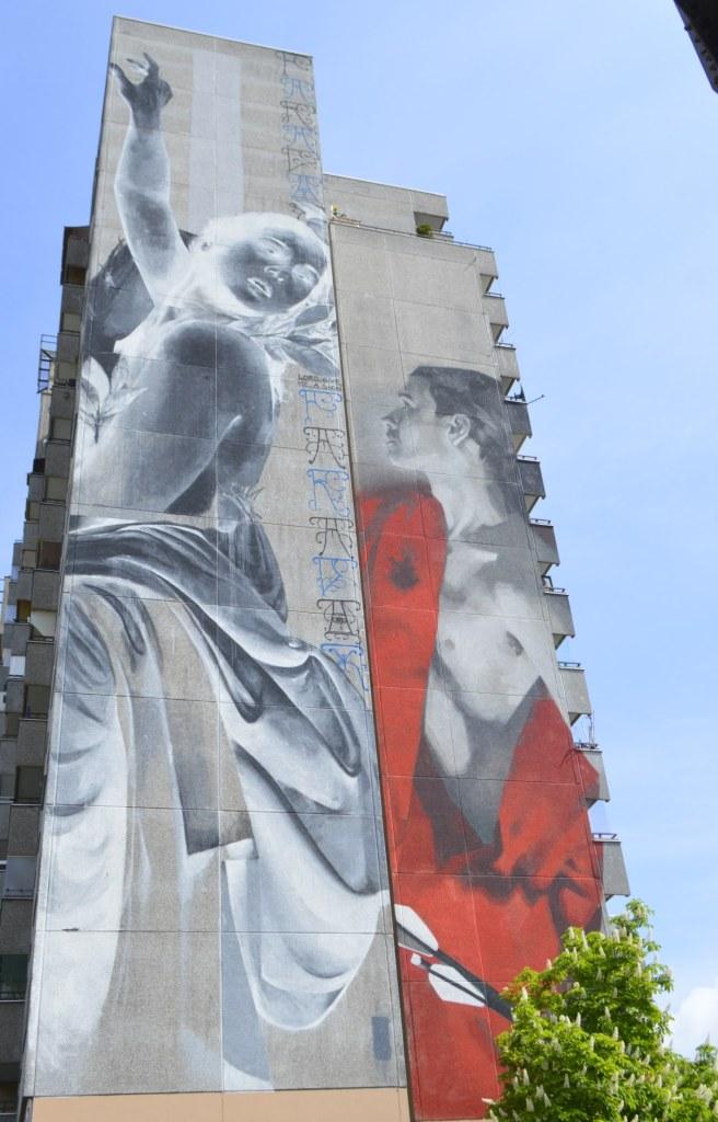 Daphne & Apollo by Francisco Bosoletti & Young Jarus  Mural Berlin Kreuzberg Wassertorstraße 65