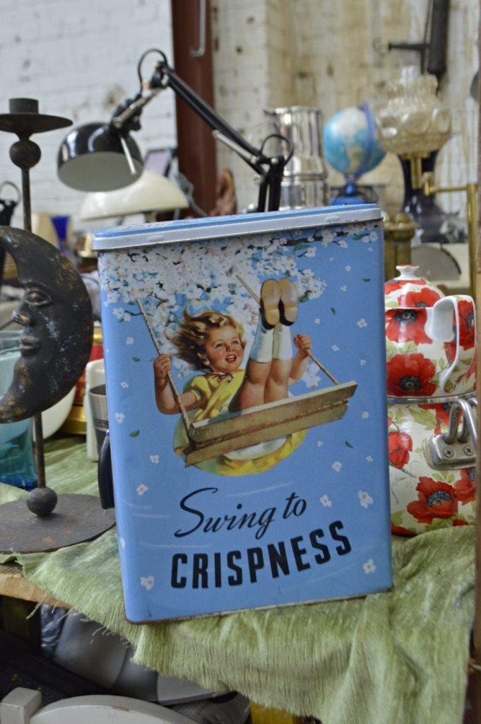 Swign to Crispiness Flea Market Berlin - bekitschig blog