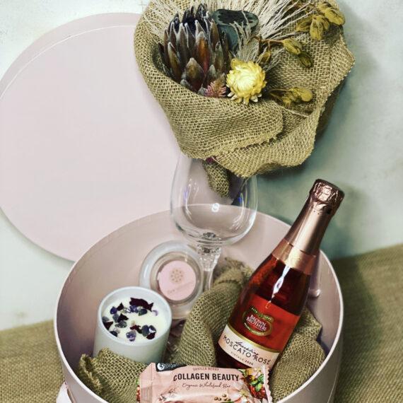 Wine Bloomz Box - Delivered Australia wide