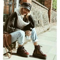 mom jeans outfit inspo – platform doc marten's – los angeles inspired looks &# ...