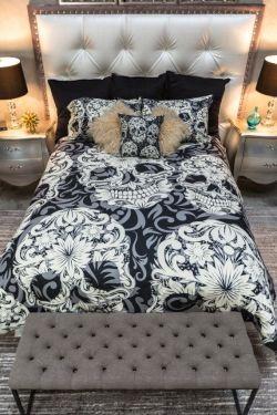 Featherweight Skull Bedding Sugar Skull and Scroll by InkandRags