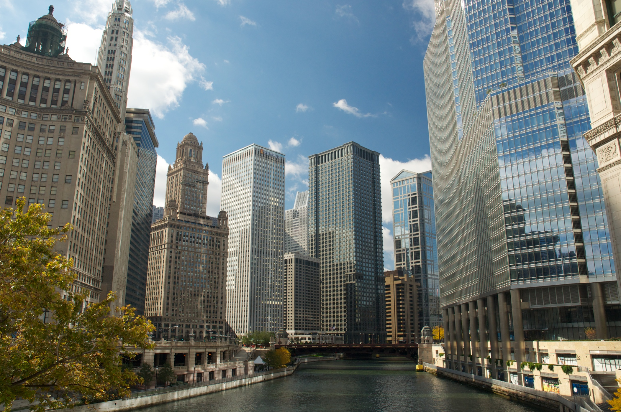 The Chicago River and Architecture