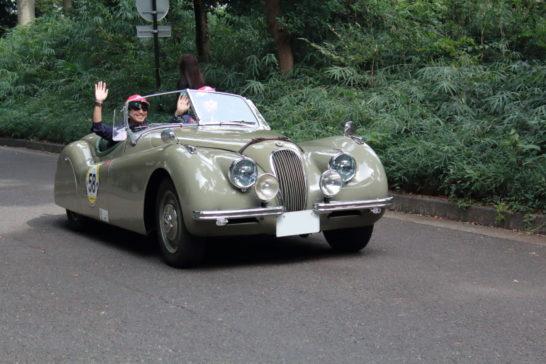1951JAGUAR XK120 ROADSTER