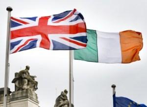 111 british-irish-flags-dublin-390x285