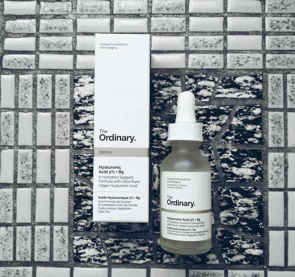"The Ordinary "" Hyaluronic acid 2% + B 5 "" Review"