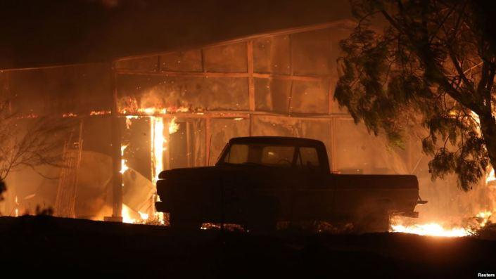 Edificios vehículos incendio