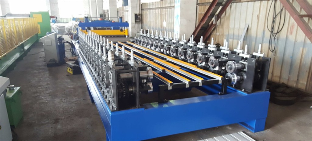 Supermarket Shelving Panel Roll Forming Machine