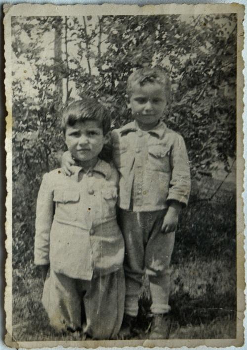 Внук поставил камеру в спальне деда с бабкой фото 162-574
