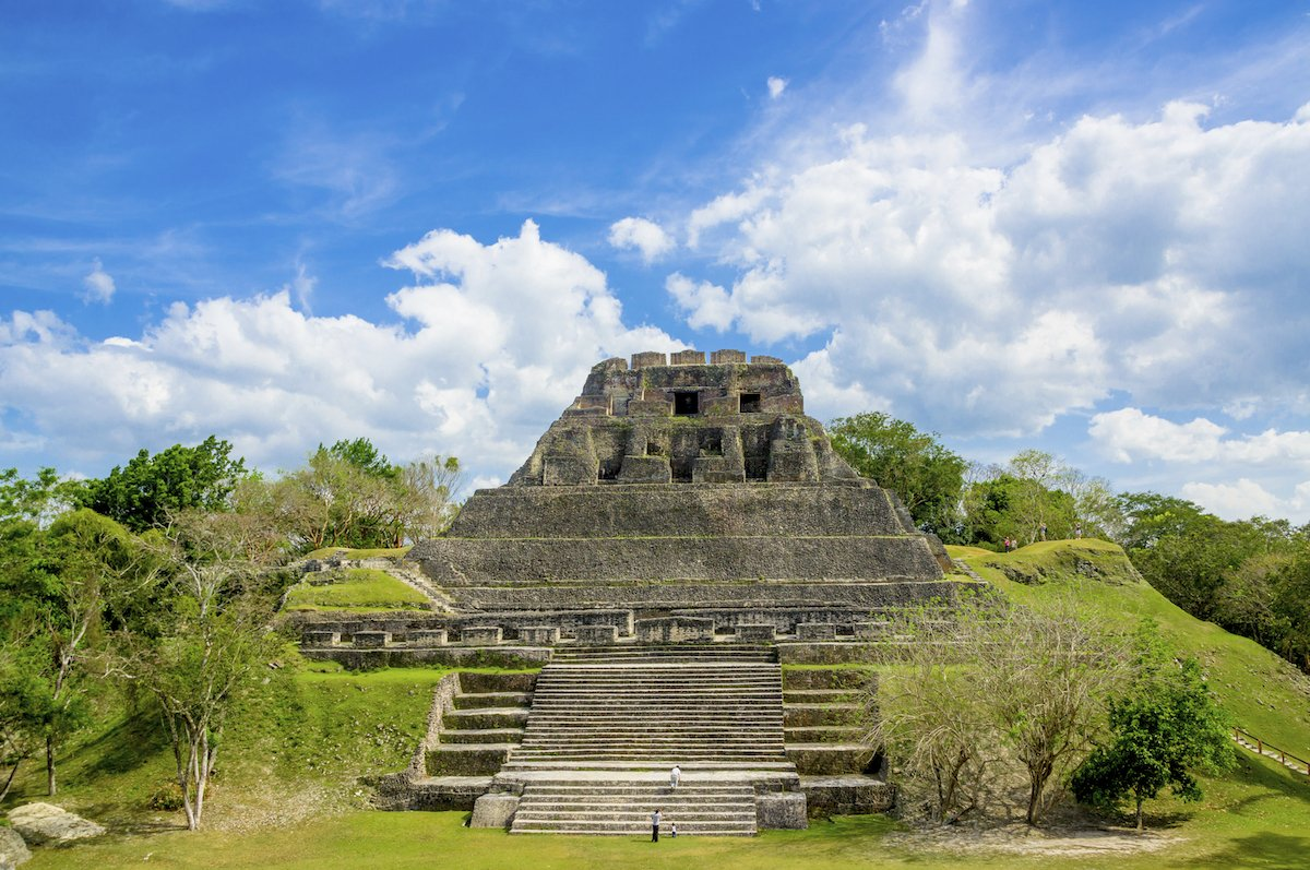 ancient-mayan-ruins-on-the-mainland-like-xunantunich