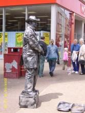 living statue (Bank Hey Street)