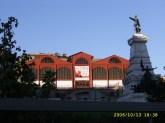 Mercado Ferreira Borges, Estátua do Infante D. Henrique