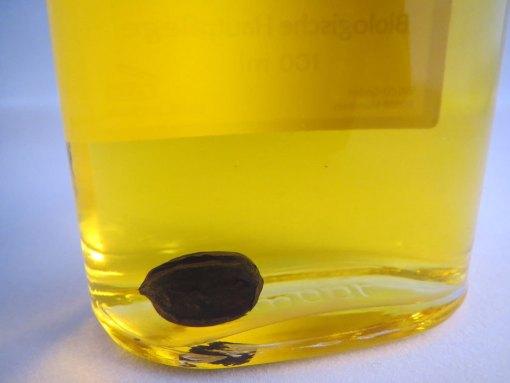 Jojoba ulje u flasi