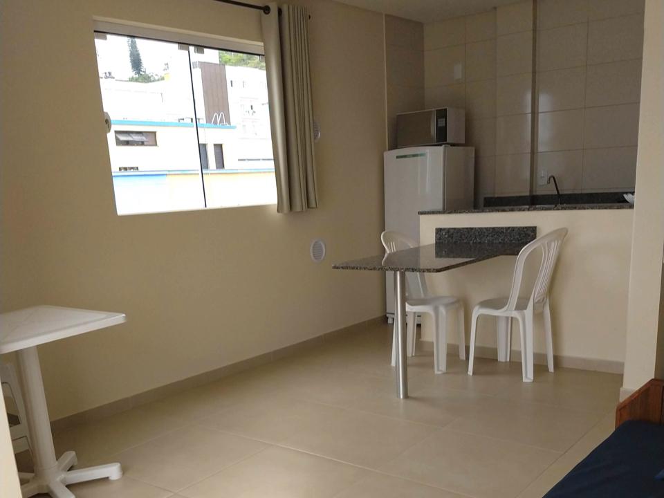 Apartamento Frente Ao Mar De Bombinhas - Cozinha