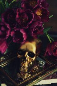 gold skull
