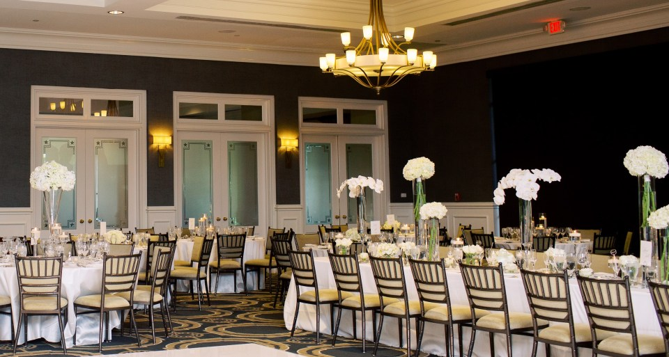a luxurious wedding reception for a classy wedding