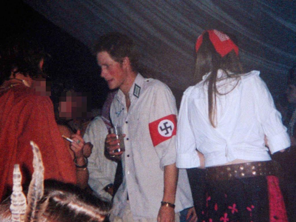 Le-prince-Harry-se-deguise-en-nazi_max1024x768