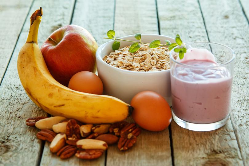 gyümölcs, tojás, zabkása, smoothie