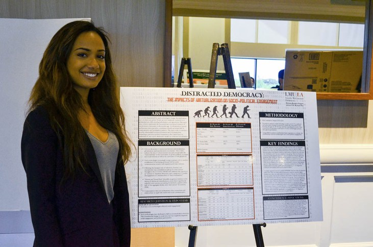 The Fleeting Democracy: An Analysis of Voter Turnout in U.S. Local Elections Brittany Rosario-Gregory '16